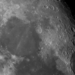 La Luna. Telescopio Liverpool. Exp 3s. Filtro HA+NDIII 8/06/2020
